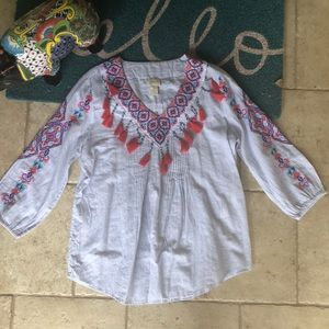 NWT Chico's Embroidered Fiesta Blouse Size 0